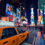 Times_Square_people_lights