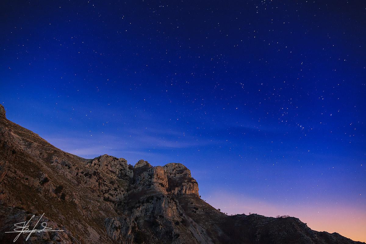 Notte stellata sul Monte Redentore