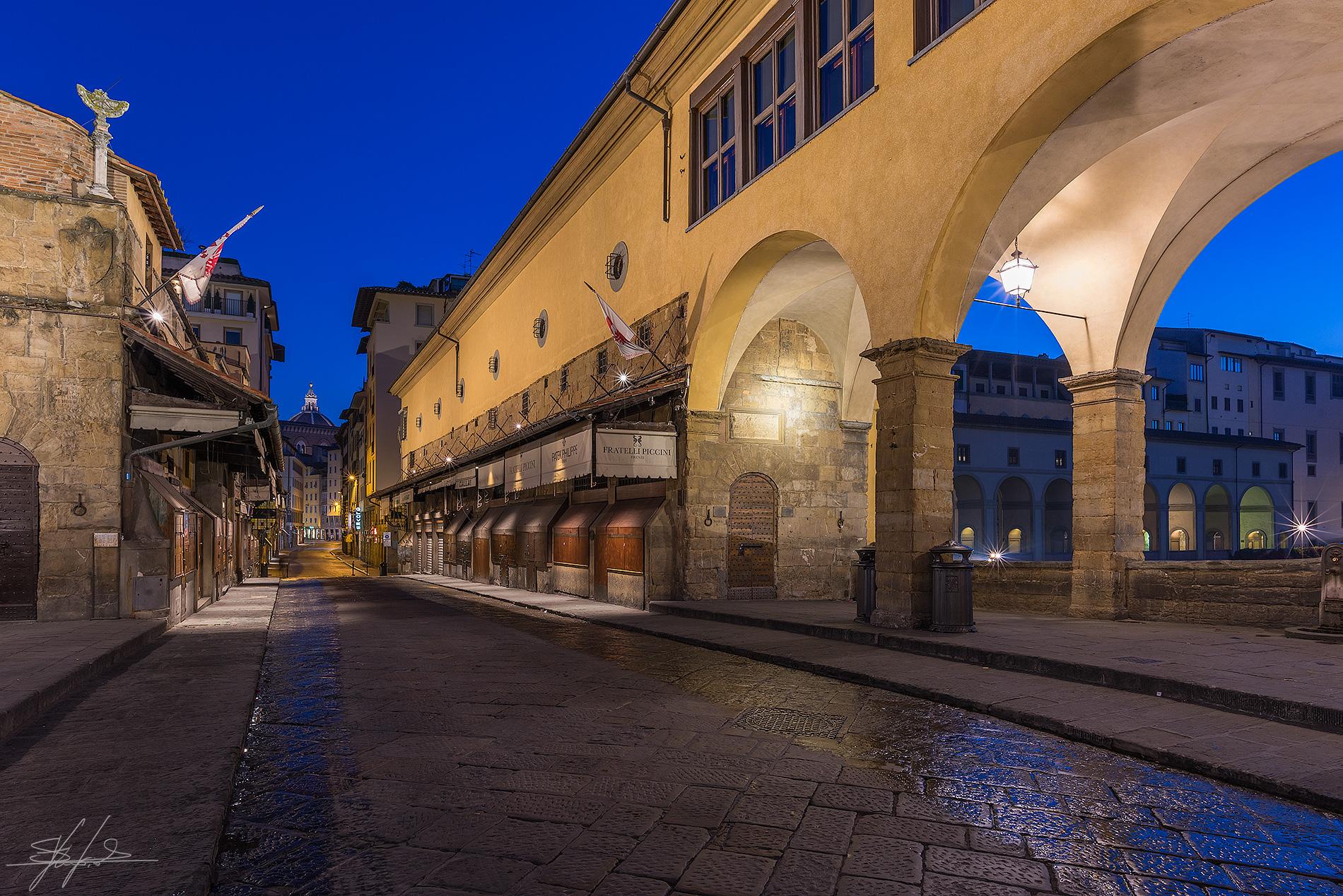 Alba sul Ponte Vecchio