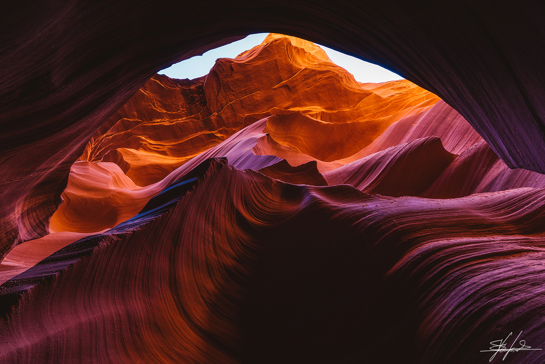 Light & Shadows - Antelope Canyon