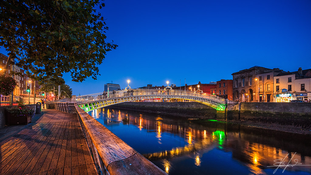 Ha_Penny bridge