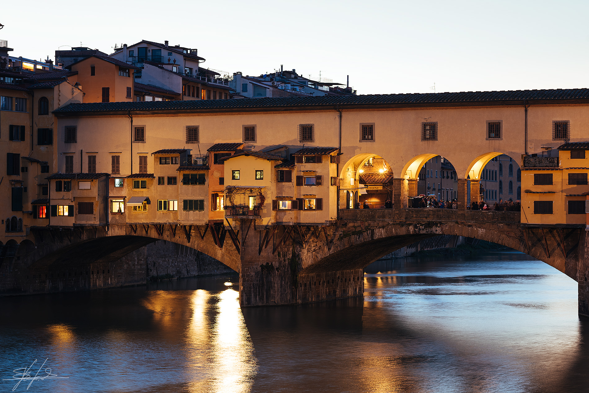 The lights of Ponte Vecchio